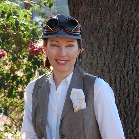 San Diego Comic Fest steampunk guest Madeleine Holly-Rosing